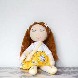 Ręcznie szyta bawełniana lala Klara
